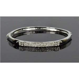 Metal Bracelet Silver Color Chic Collection Set with Rhinestones D55mm Clip Clasp 76681