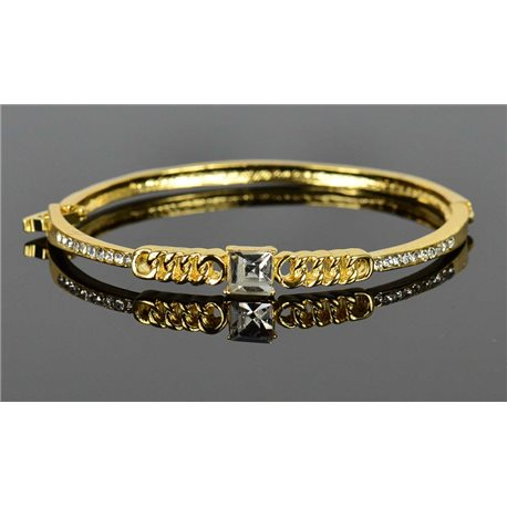 Gold colored metal bracelet Chic Collection set with Rhinestones D55mm clip clasp 76676