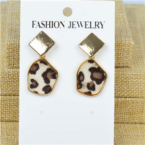 1p Earrings Nail 40mm metal color GOLD New Graphika 77421