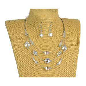 New Collection 2019-2020 Adornment Necklace 3 rows of Pearls in Suspension L44-48cm 77186