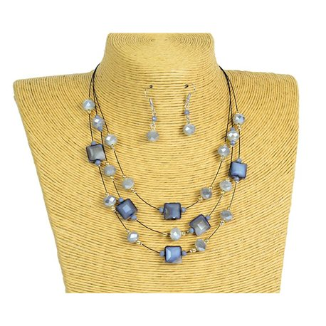 New Collection 2019-2020 Adornment Necklace 3 rows of Pearls in Suspension L44-48cm 77192
